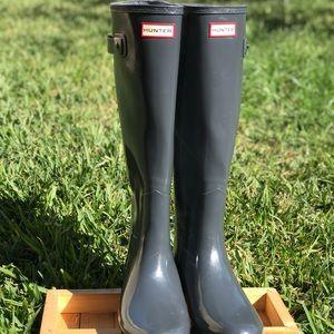 Hunter gray boots size 8 Women's ❄️❄️❄️⛄️⛄️🌨